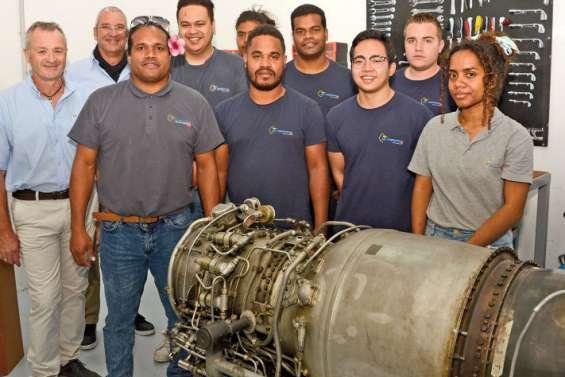 Les futurs mécaniciens d'avion parés à décoller