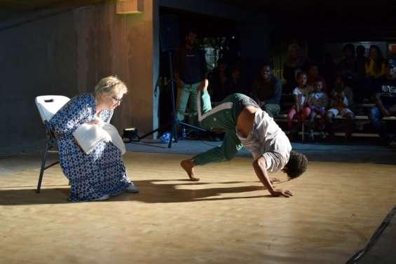 Mont-Dore : une battle entre danseurs et acteurs dans un parking