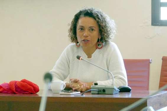 Valérie Albert-Dunais :