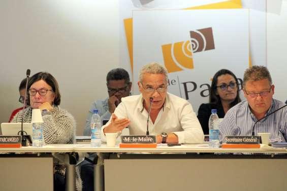 Willy Gatuhau, maire de Païta :