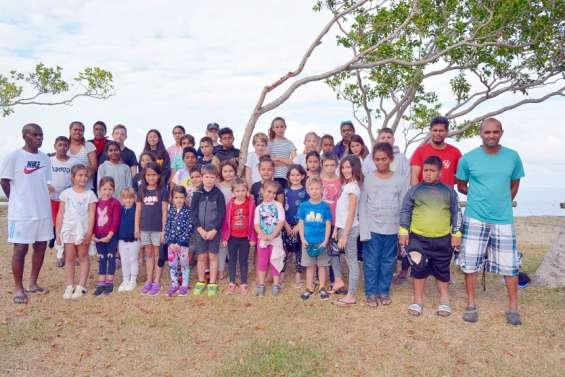 Des vacances les pieds dans l'eau à Poé pour une quarantaine d'enfants