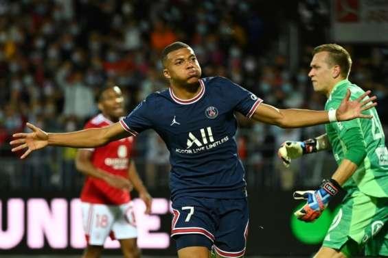 L1: avec Mbappé buteur, le Paris SG prolonge son invincibilité