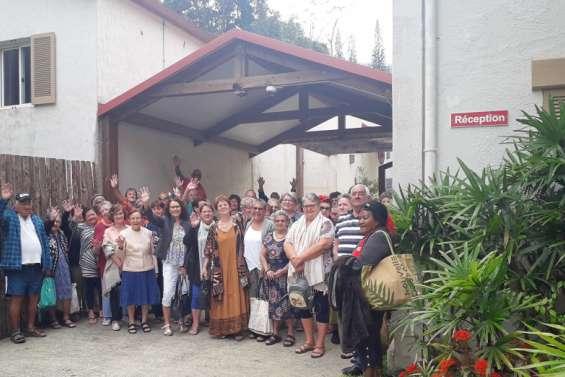 Les seniors de l'Âge d'or en escapade à Sarraméa