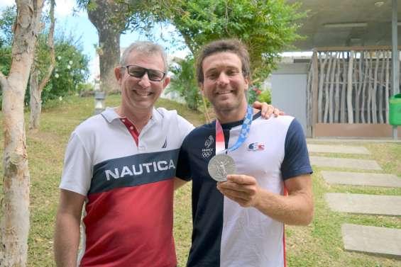 Windsurf : Michel Quintin et Thomas Goyard, champions de la même passion