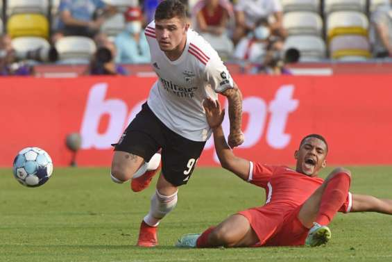 Benfica s'en sort