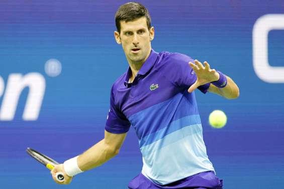 Novak Djokovic gagne mais cède un set