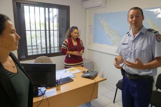 Une intervenante sociale dans les gendarmeries du Nord