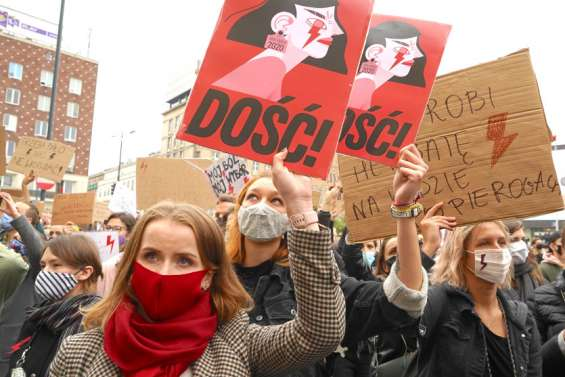 La Pologne touchée au porte-monnaie