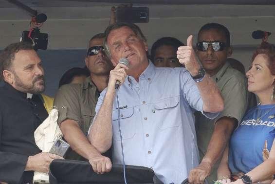 Bolsonaro remet en question le processus électoral
