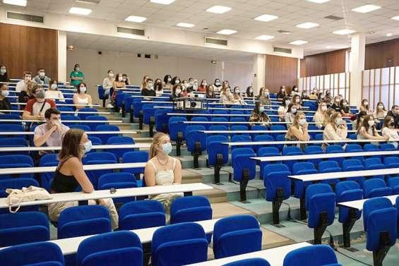 Enseignement : les étudiants font « enfin » leur rentrée après de longs mois loin des amphis