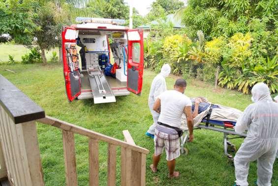Vaccination anti-Covid en Polynésie : les sapeurs-pompiers mis à contribution