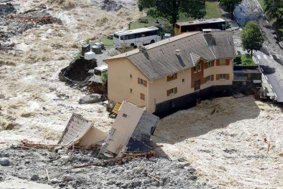 Crues de 2020: près de 900millions de dégâts