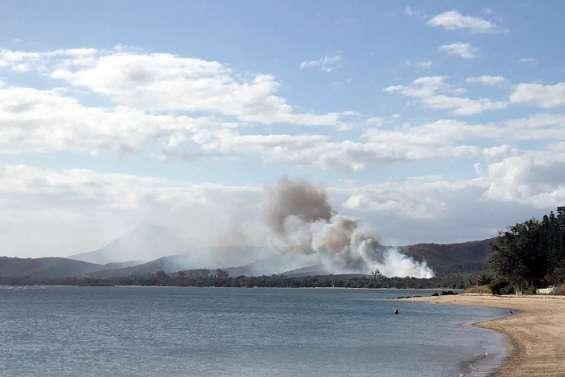 Un incendie est en cours vers Karikaté
