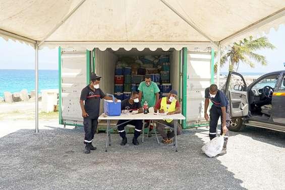 Maré : huit tonnes de nourriture à destination de Nouméa