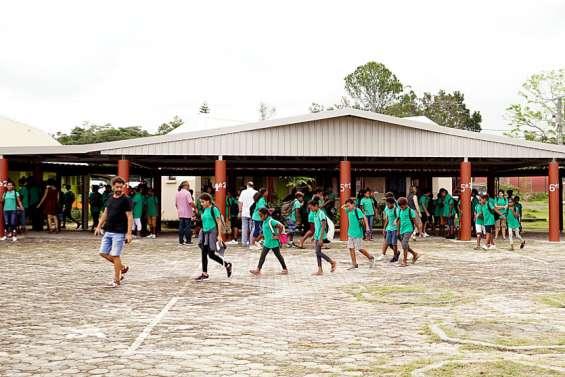 Les élèves des Îles devraient aussi rentrer à partir du 11octobre