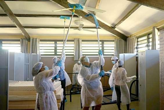 Maré : décontamination et formation ont commencé, jeudi, à l'internat de Tadine
