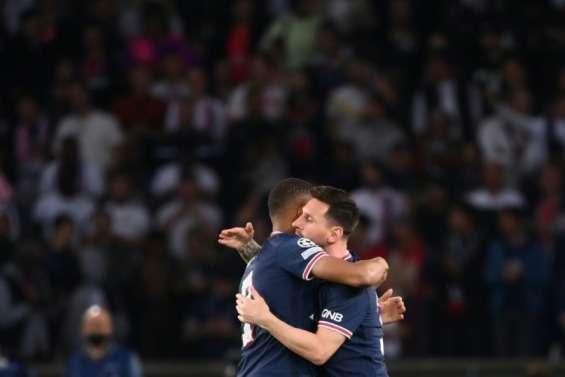 Football : le duo Mbappé-Messi sauve Paris