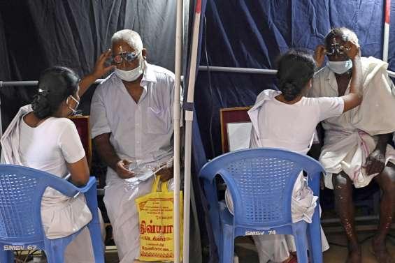Inde : ils recouvrent la vue grâce au hamburger