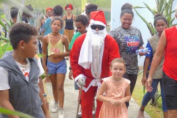 Koné et Pouembout se parentdes couleurs de Noël