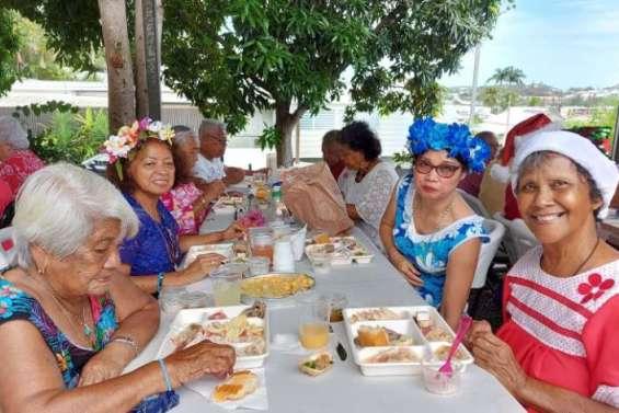 Les adhérents de l'Acapa fêtent Noël autour d'un repas avant les vacances