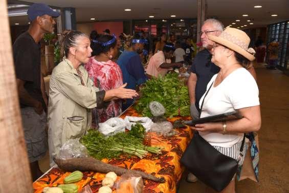 Le marché des femmes rurales s'est tenu malgré tout dimanche
