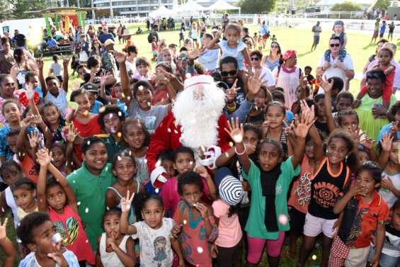 1200 enfants fêtent Noël à l'hippodrome