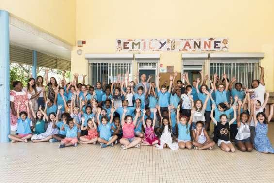L'émouvant adieu des élèves et du personnel à l'école Emily-Panné