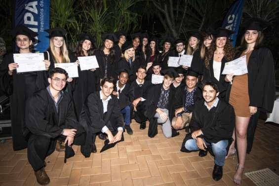 L'École de gestion et de commercea décerné 24 diplômes