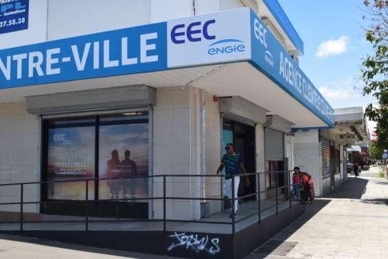 Une nouvelle agence EECouvreen centre-ville