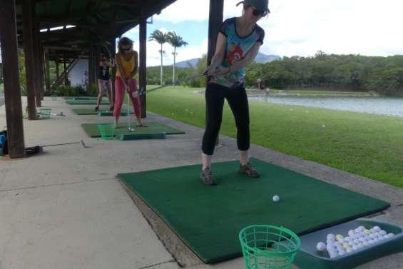Au golf de Tina, une séance gratuite pour apprivoiser les greens