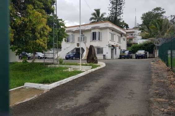 La Foa : une nouvelle gendarmerie, entre le cimetière et le stade municipal