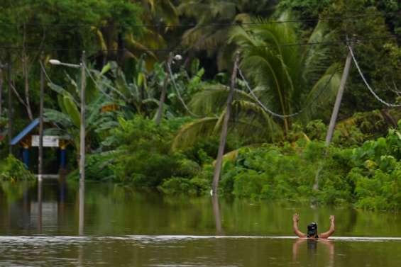 Les États de Pahang et de Johor sous les eaux