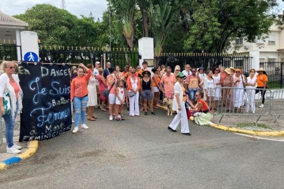 Une marche à Nouméa contre les violences faites aux femmes