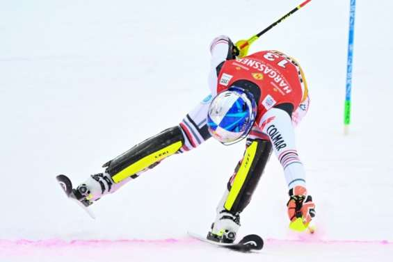 Ski alpin: Pinturault prend de la hauteur à Flachau