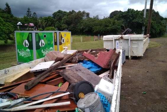 La déchetterie mobile du SIVM a fait le plein à La Foa