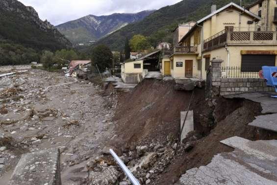 Sinistrés des Alpes-Maritimes: la distribution des dons