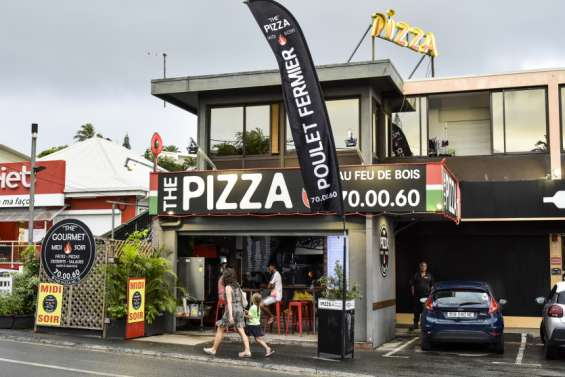 La famille de Dominique Dumortier rouvre The Pizza Nouméa