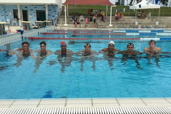 Les sept nageurs du pôle espoirs sont partis en stage à Pouembout