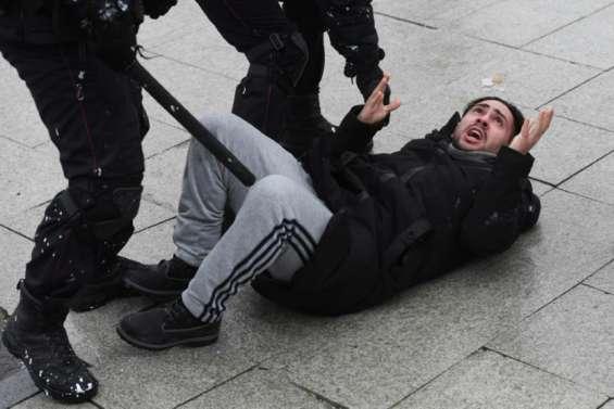 Navalny: des dizaines de milliers de manifestants, 2.500 arrestations en Russie