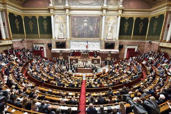 Séparatisme: les députés donnent un premier feu vert