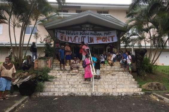 Les habitants deNéaoua veulent un pont