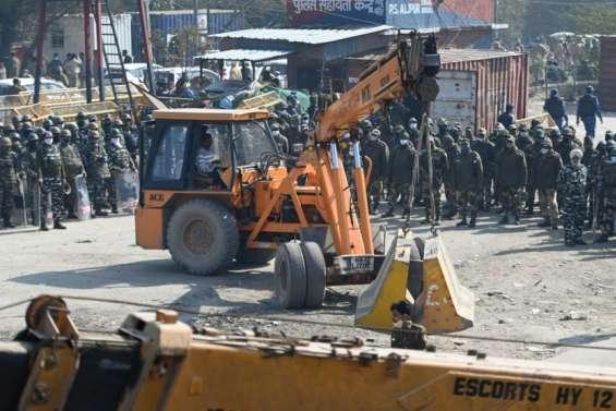 Inde: important dispositif de sécurité à Delhi au lendemain de heurts entre agriculteurs et policiers