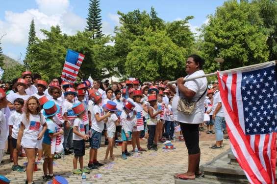 Près d'un millier d'enfantsdéfilenten musique dans les rues de la ville