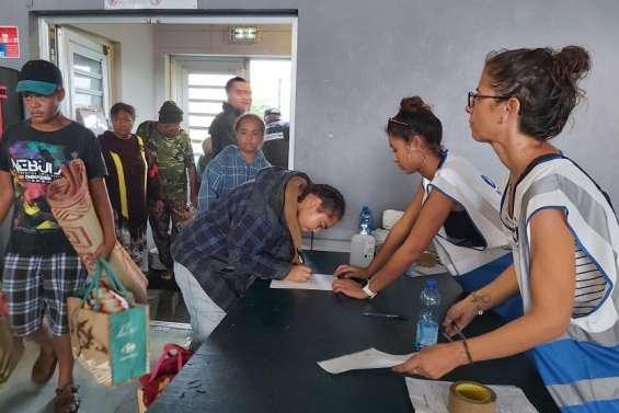 À la Vallée-du-Tir, à Nouméa, 150 personnestrouvent refugeau centre d'accueil Anewy
