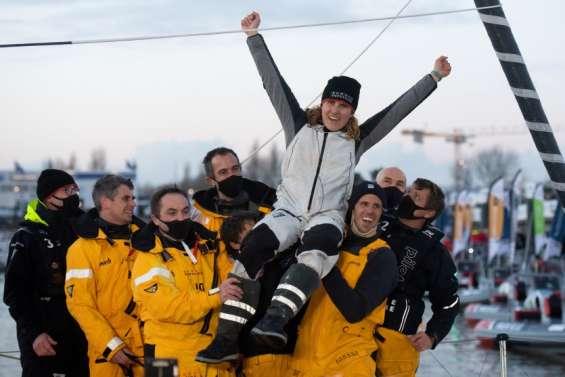 Un nouveau record féminin du tour du monde en solitaire