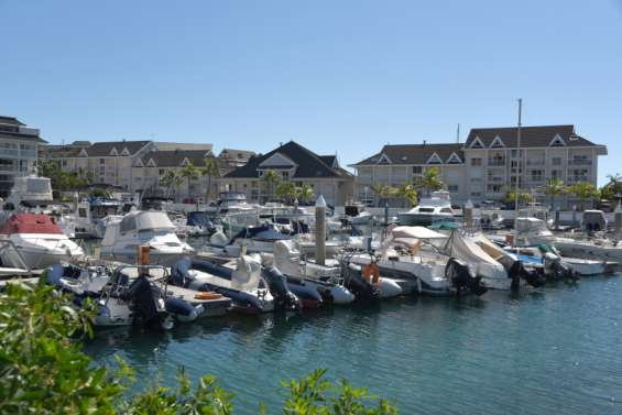 Nouméa : Sunset Marinadevient Port Garnier