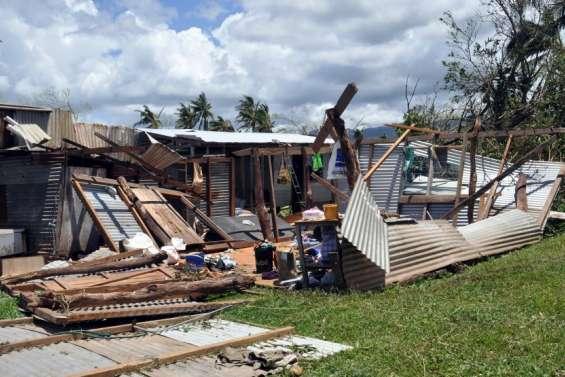 Cyclones Yasa et Ana: une facture trèslourde