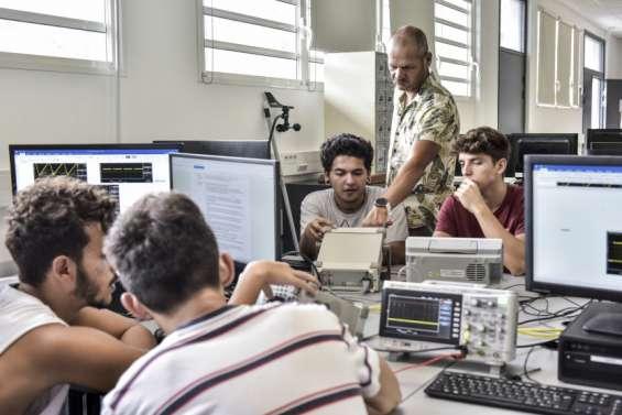 Le numérique: une voie d'avenir pour la jeunesse