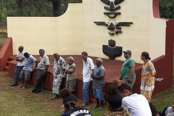 Les coutumiers de plus en plus impliqués au collège de Wani