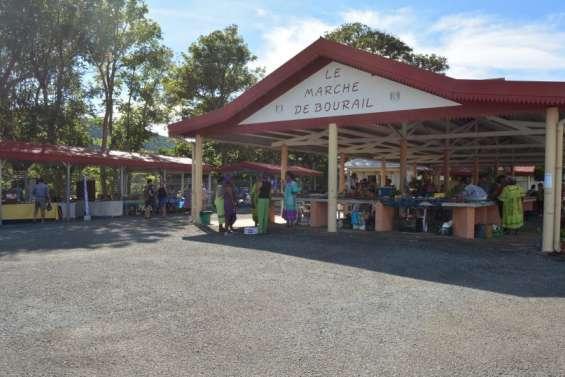 Au village, le marché municipal  s'est refait une beauté